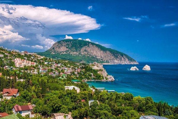 Резко увеличился поток туристов из Украины в Крым