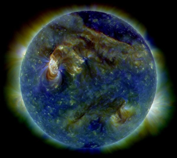 Озоновая дыра в небе над Антарктидой исчезла