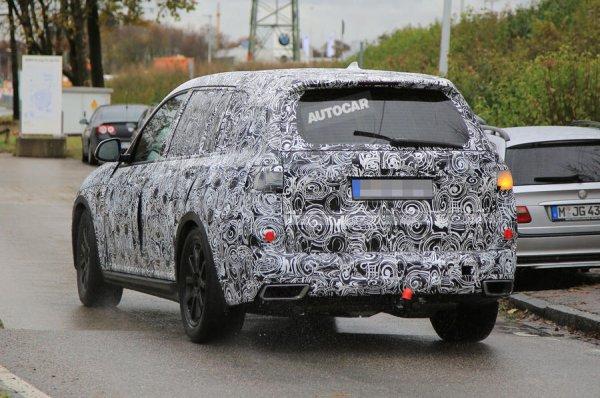 Тизерное изображение будущего флагмана BMW X7 опубликовали в сети