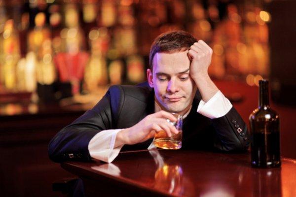 «У нас нормальный город»: Мэр Саратова не согласен со званием «самый пьющий город»