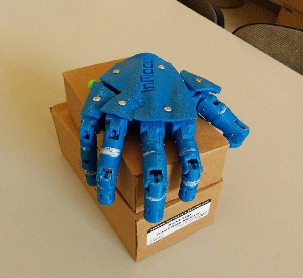 В Гонконге разработали роботизированную руку для реабилитации пациентов после инсульта