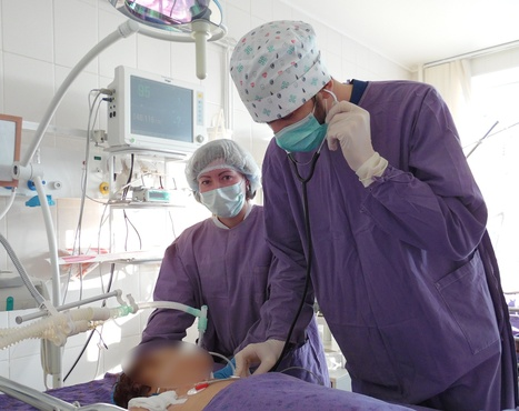 Ребенок умирал: тюменские врачи спасли малыша с тяжелым сепсисом