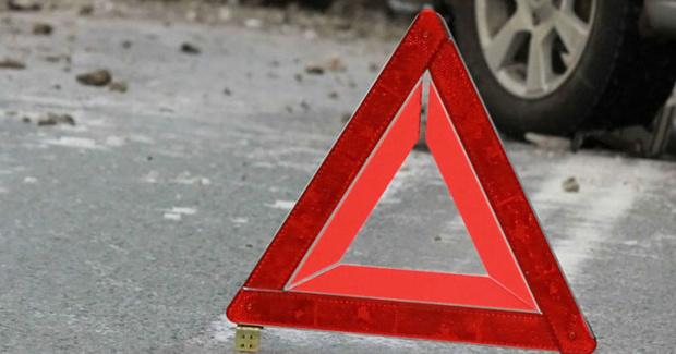 Водитель получил тяжелые травмы: следователи ищут очевидцев жесткого ДТП на тюменской трассе