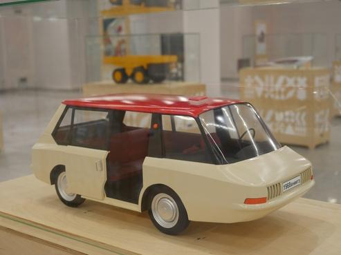 Рожденные в СССР: такси минивэн, умный дом и легендарная авоська