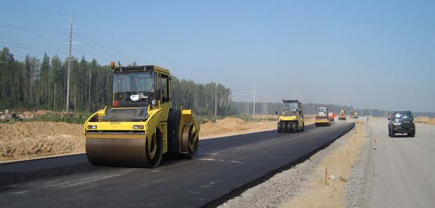 В Тюменской области продолжается строительство дорог регионального значения
