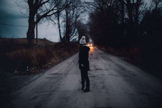 В Тюмени из-за кондуктора девочка-подросток шла пешком 14 километров