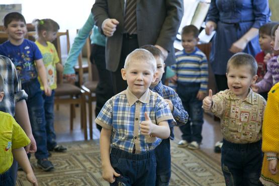 В Тюменской области воспитанникам детских домов помогают сделать шаг в будущее