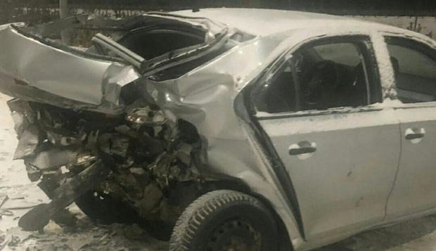 Шесть человек пострадали в жестком ДТП на югорской трассе: машину занесло при обгоне