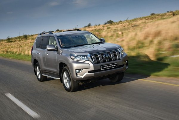 Бедный «Прадик»: Блогеры залили «Кока-колу» в радиатор Land Cruiser Prado