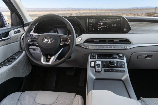 «Жирный кореец»: Новый кроссовер Hyundai Palisade выкатили на первый тест-драйв