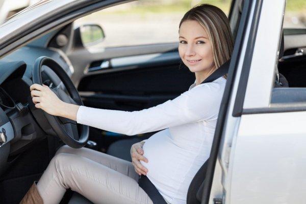 В Белоруссии беременным запретили водить