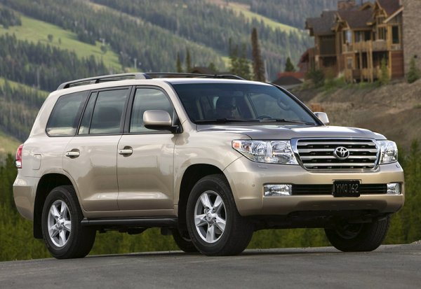 Из 2007-го в 2017-й: Умелец своими руками обновил Toyota Land Cruiser 200
