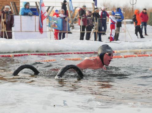 Заплывы в рамках тюменского этапа кубка мира по ледяному плаванию пройдут по видеофиксации