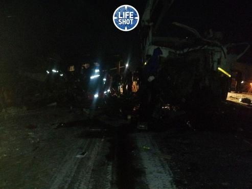 Известно о пяти погибших: массовое ДТП на трассе Тюмень - Ханты-Мансийск