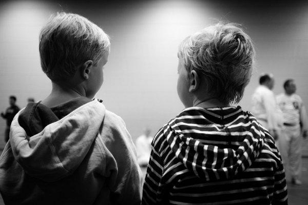 Ученые: Конфликты на работе бьют по здоровью детей