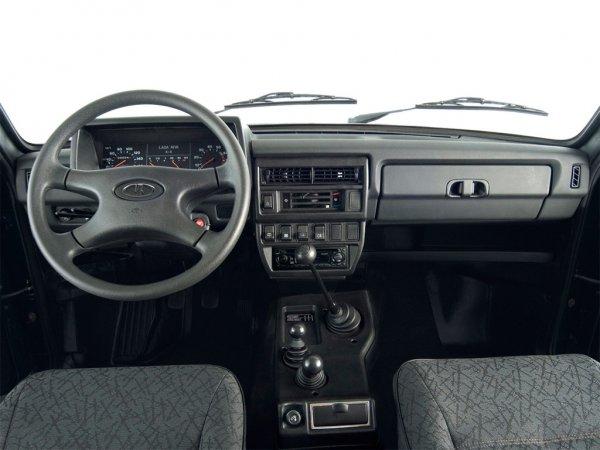 «Настоящий мужской автомобиль»: О необычной «Ниве-Солярис» рассказали в обзоре