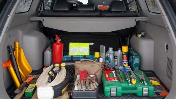 Эксперты назвали ТОП-5 самых важных вещей в автомобиле