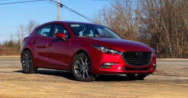 Подборщики не нужны: О покупке отличной Mazda 3 за 700 000 рублей рассказал эксперт