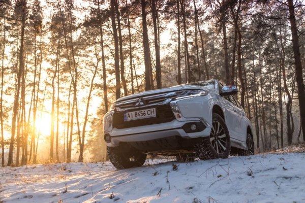 «Ушатал автомобиль, а теперь жалуется!»: В сети «разнесли» владельца 5-летнего Mitsubishi Pajero Sport за лживую критику