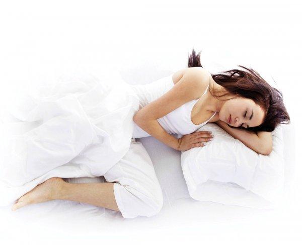 Ученые: Длительный сон беременных несет смертельную опасность плоду