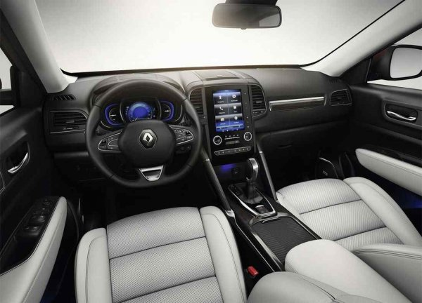 «Французский люкс»: Впечатлениями о Renault Koleos поделился обзорщик