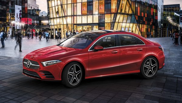 Mercedes-Benz и BMW могут объединиться для разработки самоуправляемого автомобиля