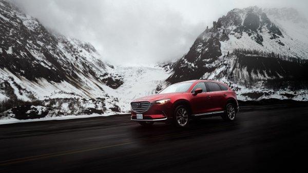 «Битва менеджеров»: KIA Sorento Prime сравнили с Mazda CX-9 на снежном бездорожье