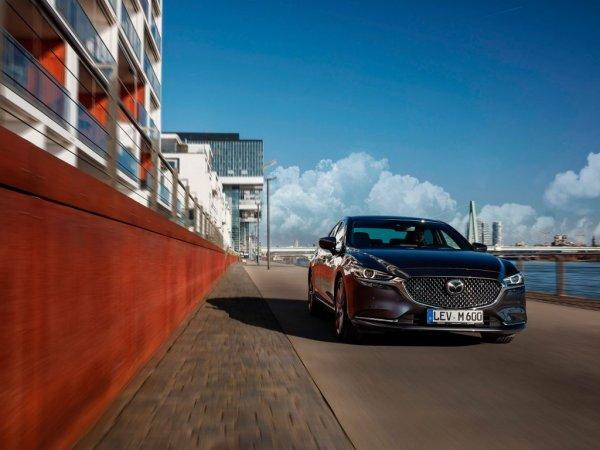 В поисках логики: Новую Mazda 6 сравнили с Hyundai Elantra