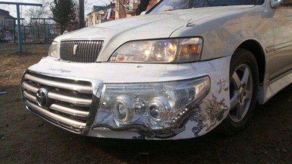 «Когда очень хочешь Крузак»: Toyota Cresta с «передком» от Land Cruiser высмеяли в сети