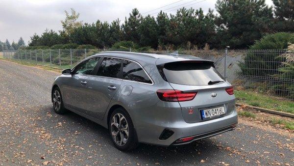 «За эти деньги я лучше Mazda CX-5 возьму!»: Стоимости нового KIA Ceed SW возмутились в сети