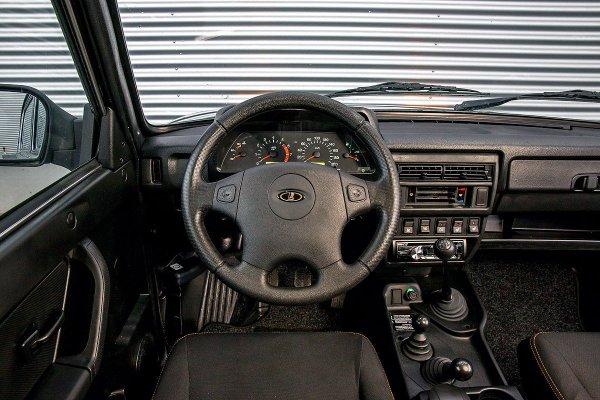 «Автомобиль-недоразумение»: Своим разочарованием в LADA 4x4 поделился блогер
