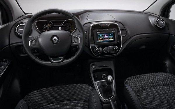 «Одно нытье»: Владельца Renault Kaptur высмеяли за обзор машины