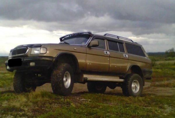 Если бы «Крузак» делали в России: Сеть очаровал ГАЗ-3110 «Волга», превращённый в Toyota Land Cruiser