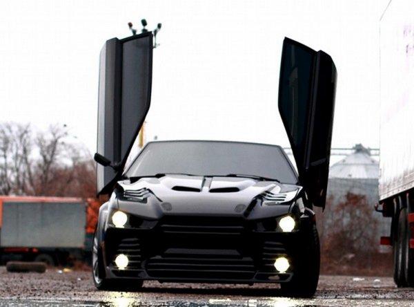 «Майбах идёт лесом»: Сеть восхитила роскошная «восьмёрка» а-ля Ford Mustang