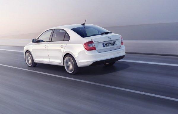 «Прослужит ещё долго»: Владелец 3-летней Skoda Rapid поделился впечатлениями от авто