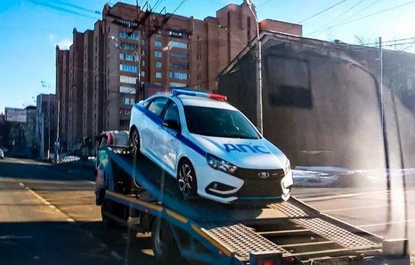 В Москве замечена полицейская LADA Vesta Sport
