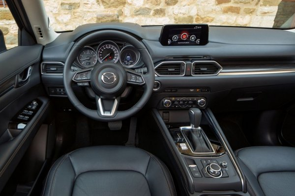 «С претензией на премиум»: Впечатлениями от Mazda CX-5 в особой версии Takumi Plus поделился блогер