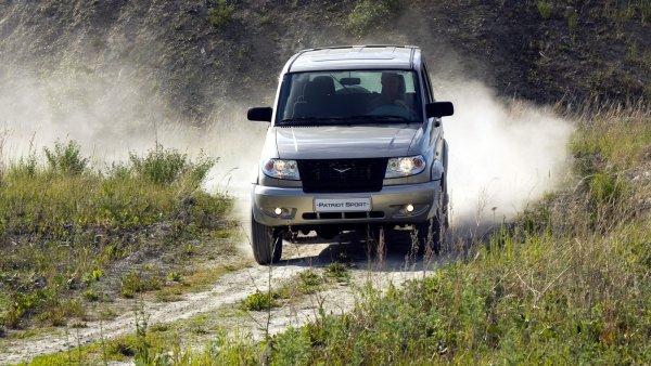 Чуть не потерял мотор: О дефекте двигателя УАЗ «Патриот» рассказал блогер