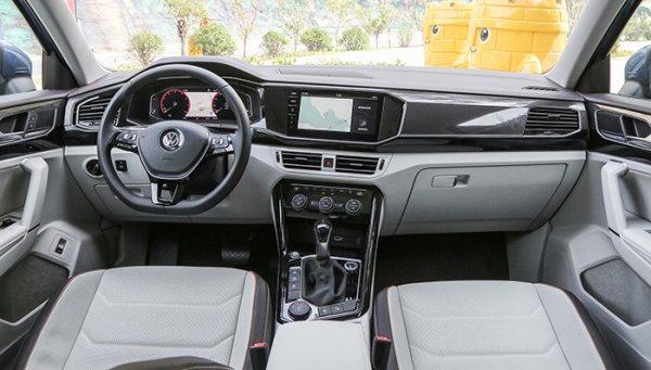 Новый Volkswagen Tayron опередил по продажам Skoda Kodiaq и Karoq