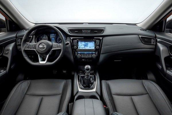 «Питерский красавчик»: О плюсах Nissan X-Trail 2019 рассказал блогер