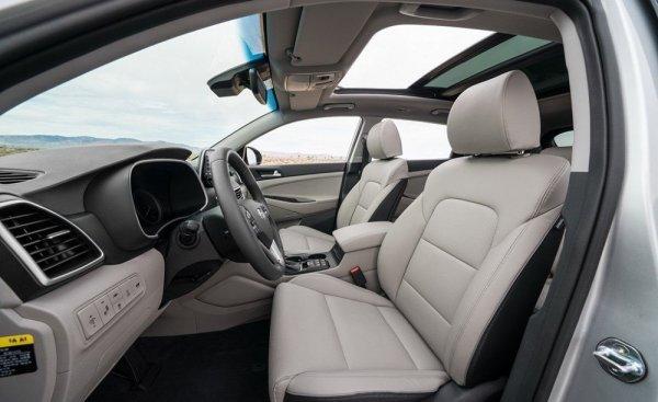 Жёсткий, но тихий: В чем Hyundai Tucson 2019 лучше дорестайлинговой версии, рассказал блогер