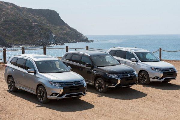 Практически без нареканий: Mitsubishi Outlander 2019 года выпуска расхвалил эксперт