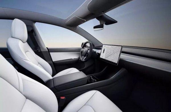 Представлен электрический кроссовер Tesla Model Y