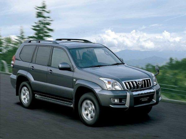 Какой рамный «японец» лучше: Блогер сравнил Toyota Land Cruiser Prado 120 и Mitsubishi Pajero Sport