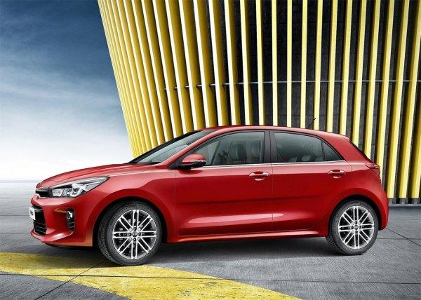 KIA Rio глазами владельца LADA Vesta: Блогер рассказал, стоит ли менять «АвтоВАЗ» на «корейца»