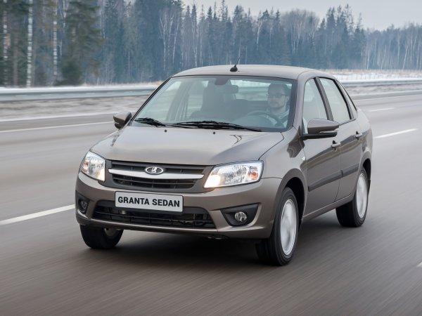 «Тазы» пытаются мстить: Гонку 145-сильной LADA Granta и Mazda 3 показали в сети
