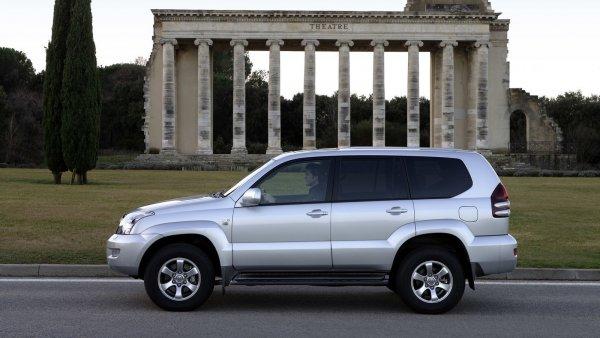 Неочевидно, но факт: Как распознать Toyota Land Cruiser Prado со скрученным пробегом, рассказал блогер