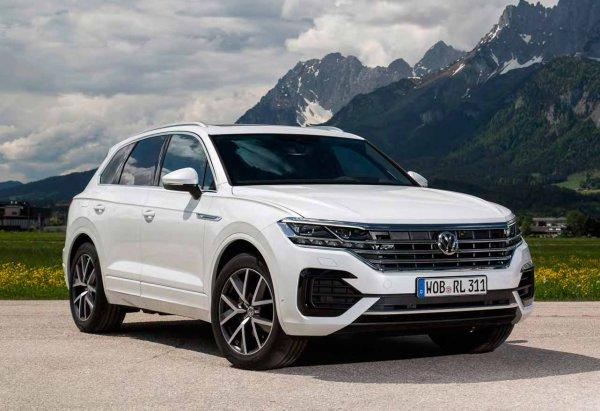 Volkswagen за 5 млн рублей с «рулём от Polo»: Новый Touareg 2019 оценил блогер
