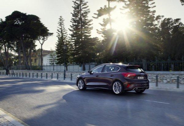 Ford «ушёл». Что делать владельцам?: Популярная обзорщица призвала российских автомобилистов не поднимать панику