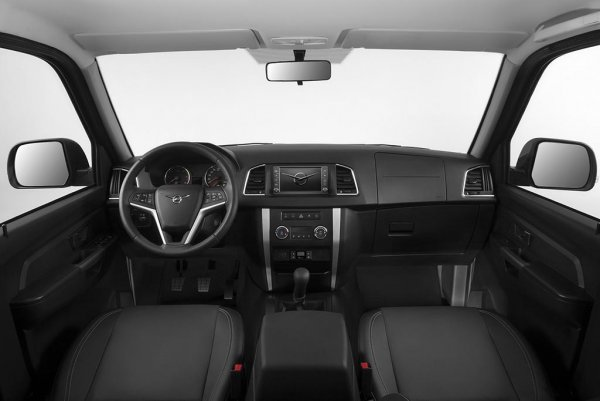Машина для тех, кто мало чего боится: Обзорщик оценил УАЗ «Патриот» 2019 года